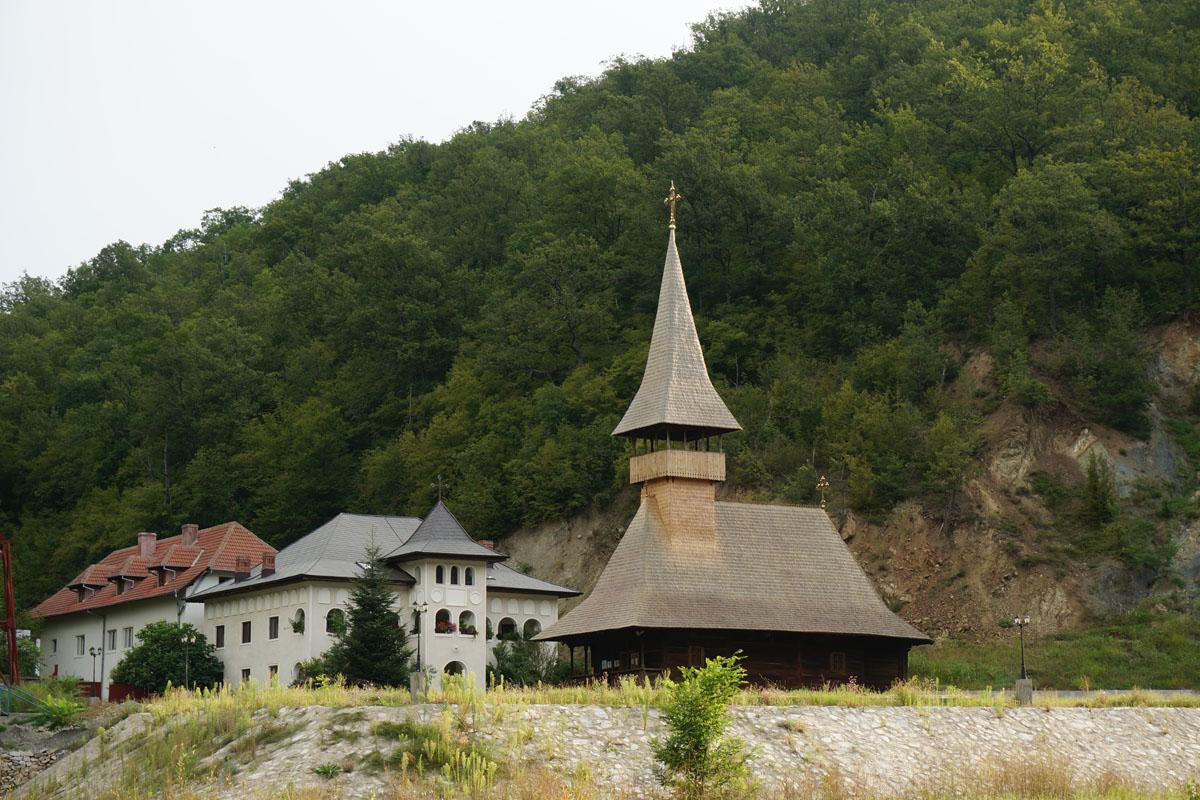 3_Manastirea Vodita Mehedinti